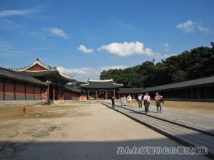 仁政門(インジョンムン)前の広場
